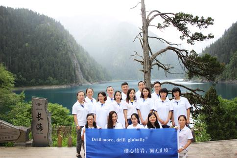 Touring the most beautiful Jiuzaigou with SINODRILLS